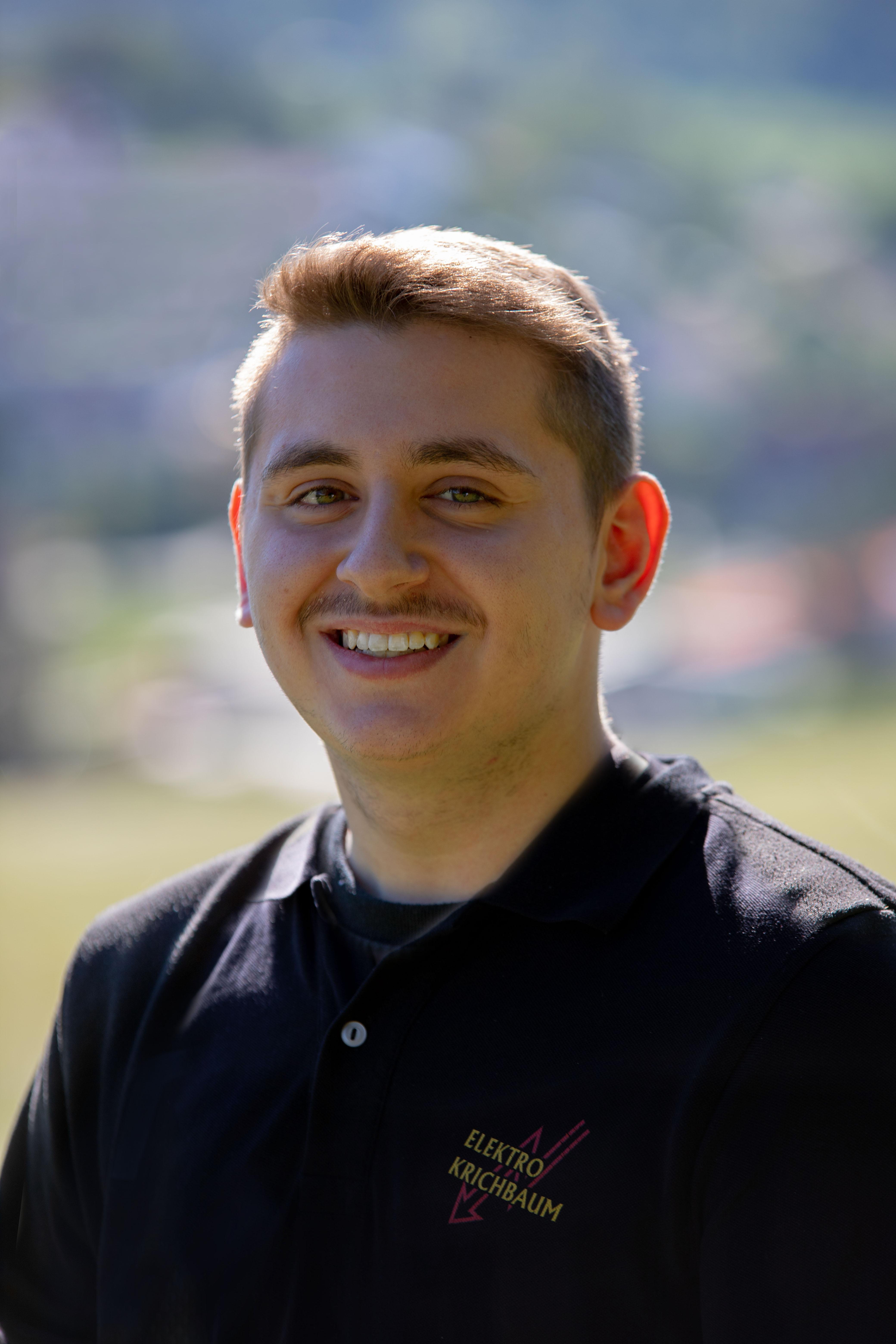 Marco Adore - Auszubildender